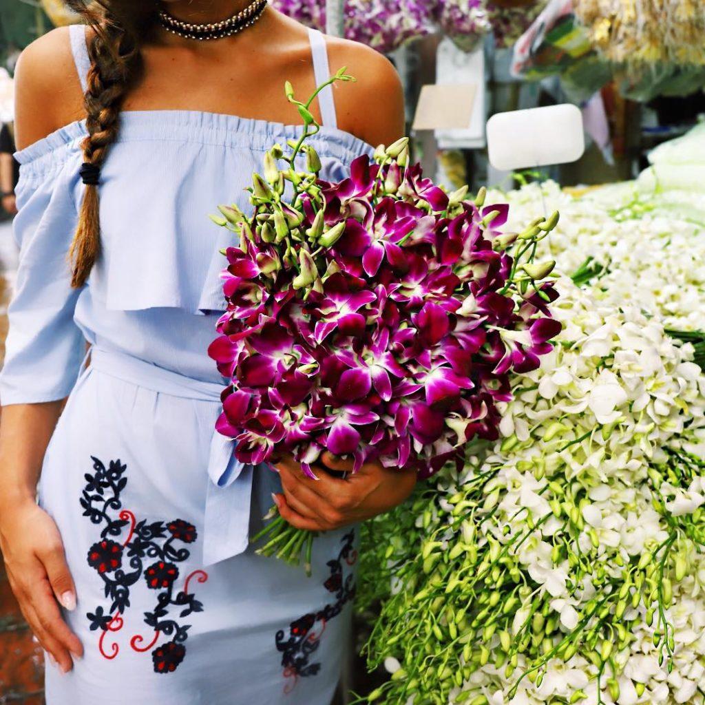 Regala dei fiori ad una donna e avrai gi fattohellip