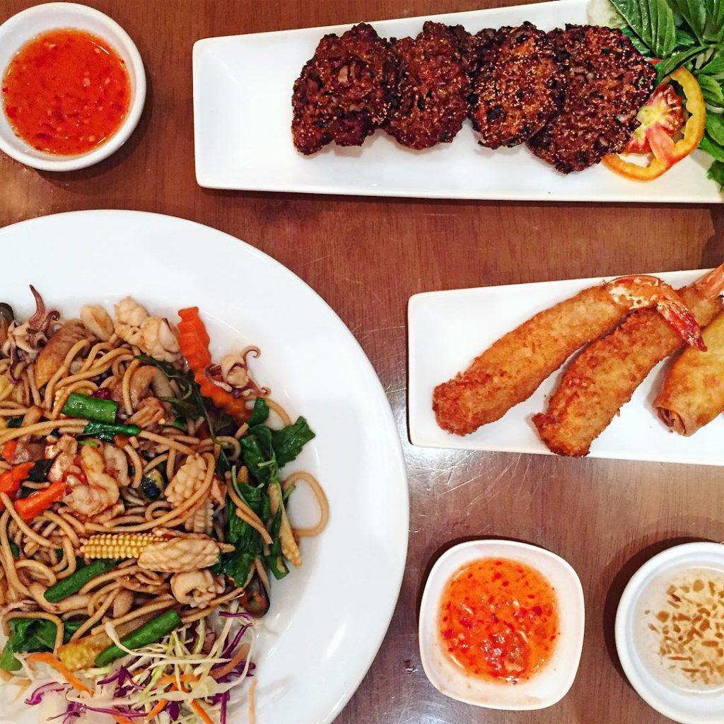 Thai Dinner Il Pad Thai  uno dei piatti tipicihellip
