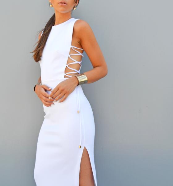 Spacco vertiginoso e sexy stringhe – L'abito bianco di Asos