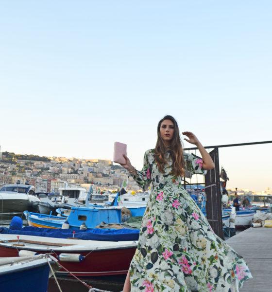 Boho-Chic – Un abito a fiori e dettagli da zingara