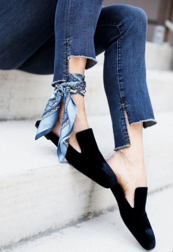 foulard alla caviglia